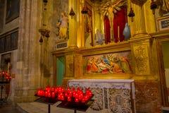 PALMA DE MALLORCA SPANIEN - AUGUSTI 18 2017: Härlig inomhus sikt av den helgonEulalia kyrkan som lokaliseras i Palma de Mallorca Royaltyfria Bilder