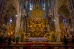 PALMA DE MALLORCA SPANIEN - AUGUSTI 18 2017: Härlig inomhus sikt av den helgonEulalia kyrkan som lokaliseras i Palma de Mallorca Royaltyfri Fotografi