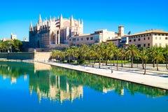 Palma de Mallorca Spanien La Seu - den berömda medeltida gotiska caen Royaltyfria Foton