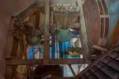 PALMA DI MAIORCA, SPAGNA - 18 AGOSTO 2017: Vista dell'interno della cattedrale della chiesa di Eulalia del san con una campana ve Fotografia Stock