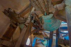PALMA DI MAIORCA, SPAGNA - 18 AGOSTO 2017: Vista dell'interno della cattedrale della chiesa di Eulalia del san con una campana ve Immagini Stock