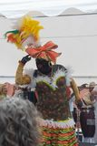 PALMA DO LA DE SANTA CRUZ DE, ILHAS CANÁRIAS, ESPANHA - 4 DE MARÇO DE 2019: La Negra Tomasa Dance durante o partido do carnaval d imagens de stock