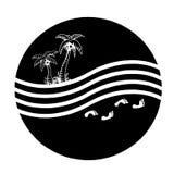 Palma e mar Imagens de Stock Royalty Free