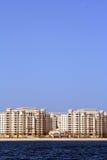 A palma Jumeirah, apartamentos da linha costeira Imagens de Stock
