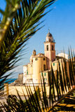 A palma moldou a igreja em Camogli, perto de Genoa, Itália Imagens de Stock Royalty Free