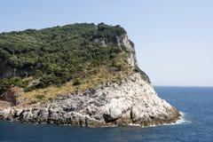 Palmaria ö från kyrkan av St Peter Arkivbilder