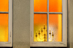 Palmatoria vista a través de ventana Foto de archivo