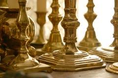 Palmatorias de cobre amarillo Fotos de archivo libres de regalías