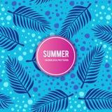 Palmblätter mit blaues Seenahtlosem Muster Stockfotografie