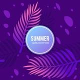 Palmblätter mit purpurrotem nahtlosem Muster Lizenzfreies Stockbild