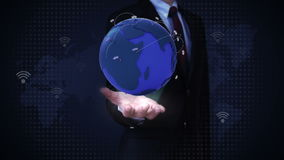 Palme aperte dell'uomo d'affari, rete globale crescente con la comunicazione, mappa di mondo, terra stock footage