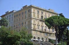 Palme, Gebäude, Antennen Stockfotografie