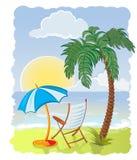 Palme mit Meer, Regenschirm und Stuhl Stockbilder