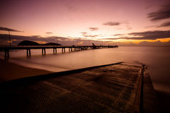 Palmen-Bucht-Sonnenaufgang Stockbild