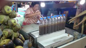 Palmensaftshop in Thailand Stockfotografie