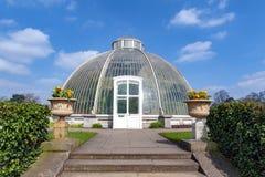 Palmowy dom, ikonowy Wiktoriański glasshouse który odtwarza tropikalnego lasu deszczowego klimat lokalizował przy Kew ogródem, An Obraz Stock