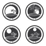 Palmträd och sol, mall för design för logo för strandsemesterort tropisk ö- eller semestersymbolsuppsättning Fotografering för Bildbyråer