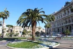 Palmträdet parkerar i Rome Royaltyfri Fotografi