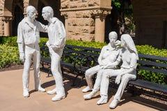 Palo Alto, CA/USA - circa im Juni 2011: Skulpturen im Erinnerungsgericht von Stanford University Campus in Palo Alto, Kalifornien Lizenzfreies Stockfoto