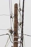 Palo con i cavi Fotografie Stock Libere da Diritti