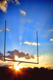Palo dell'end zone di football americano al tramonto Fotografie Stock