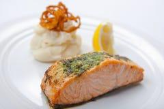 Palo di color salmone con le purè di patate Fotografia Stock