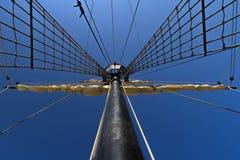 Palo dirigido en el cielo Fotos de archivo