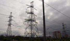 palo elettrico in tempo di autunno Immagini Stock Libere da Diritti