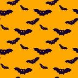 Palos negros en fondo anaranjado Modelo de Halloween Fotos de archivo