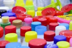 Palowy wielo- kolor butelek nakrętki Zdjęcie Royalty Free