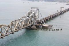 Pamban桥梁是连接Rameswaram镇班本岛的到大陆印度的一座铁路桥 打开2月24日 库存照片