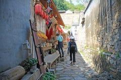 Pamiątkarski sklep w Cuandixia wiosce fotografia stock