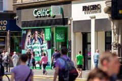 Pamiątkarski sklep futbolu klubu celt Glasgow, Szkocja fotografia royalty free