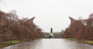 Pamiątkowy kompleks Radziecki oswobodziciela żołnierz w Treptow Pa Fotografia Royalty Free
