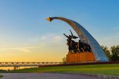 Pamiątkowy powikłany Kumzhenskaya gaj na cześć spadać żołnierzy Czerwony wojsko wyzwala Don w 1941 i 1943 zaciemnia zdjęcie royalty free