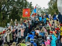 Pamiątkowy wiec jako część odbudowy bitwa wojna światowa 2 blisko Moskwa obraz stock