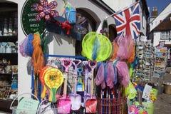 Pamiątkarskiego sklepu Lymington Quay ulica Obraz Royalty Free