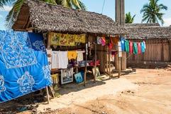 Pamiątki przy rynkiem w Afryka, Madagascar Zdjęcia Royalty Free