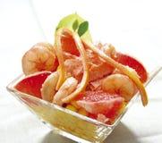 Pamplemousses et crevettes Image stock