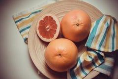Pamplemousses : source de vitamine C Image stock