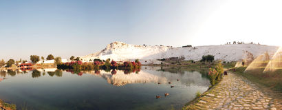 Pamukkale,土耳其,全景风景  免版税库存照片