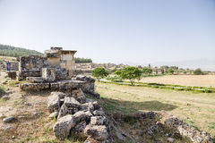 Pamukkale, Τουρκία Άποψη της νεκρόπολη HierapolisTurkey, Pamukkale Άποψη των καταστροφών της νεκρόπολη Hierapolis Στοκ Εικόνα