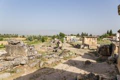 Pamukkale, Τουρκία Αρχαιολογικές ανασκαφές της νεκρόπολη Hierapolis Στοκ φωτογραφία με δικαίωμα ελεύθερης χρήσης