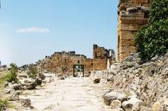 Pamukkale. Турция. Руины Hierapolis, древнего города Стоковая Фотография RF