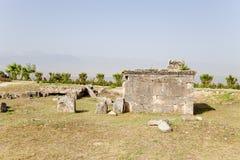 Pamukkale, die Türkei Alte Krypta im Friedhof von Hierapolis Lizenzfreie Stockfotos