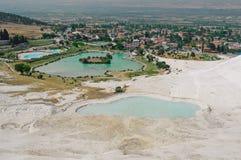 Pamukkale, natuurlijke plaats in zuidwestelijk Turkije Royalty-vrije Stock Fotografie