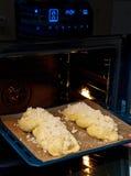 Pan blanco dulce hecho en casa Fotos de archivo libres de regalías