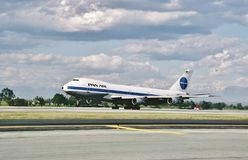 Pan Am Boeing B-747 landing at Los Angeles on March 28 , 1986 after a flight from Tokyo royalty free stock image