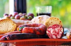Pan, carne del cerdo y vino Foto de archivo libre de regalías