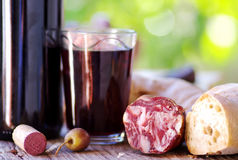 Pan, carne y vino Fotografía de archivo